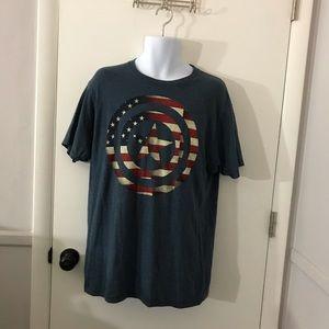 Mens Marvel Avengers Assemble T-Shirt Size Large